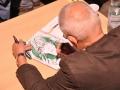 Autor rysował czytelnikom szkice postaci ze swoich komiksów