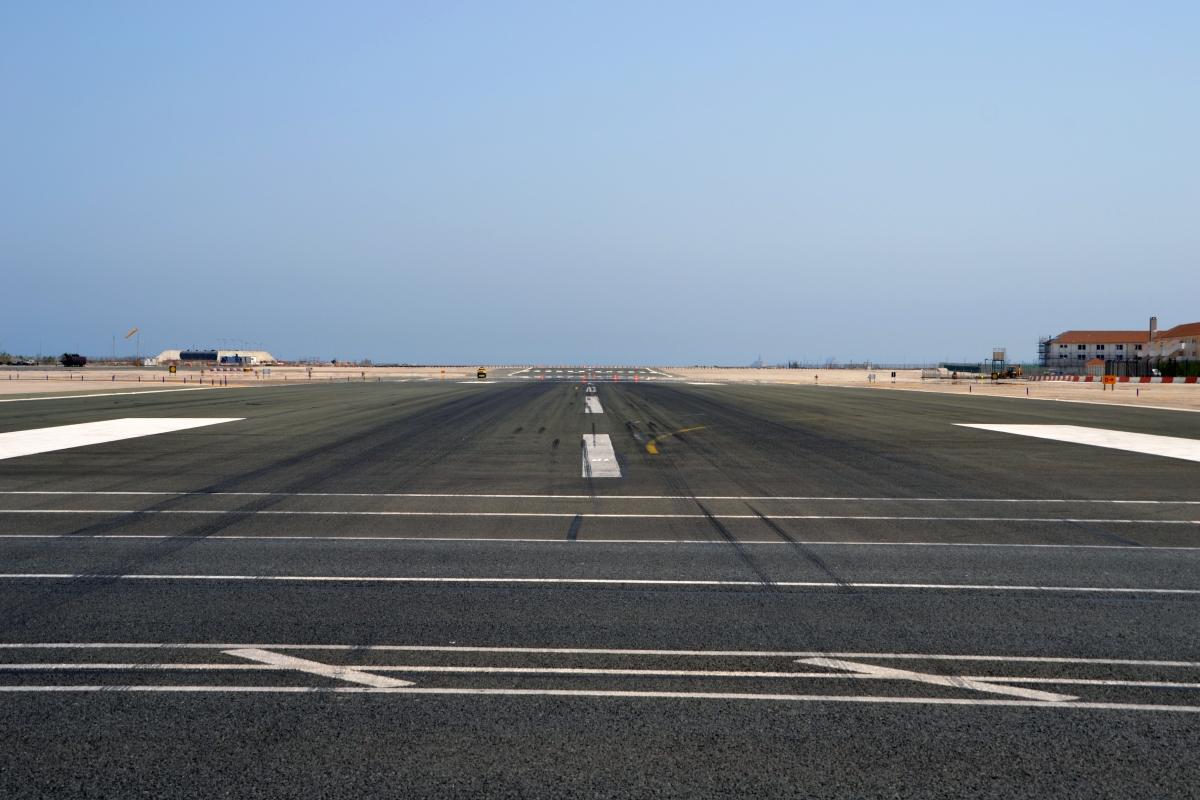 Pas lotniska North Front.