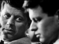 Z bratem Robertem podczas debaty o strajkach, 1957